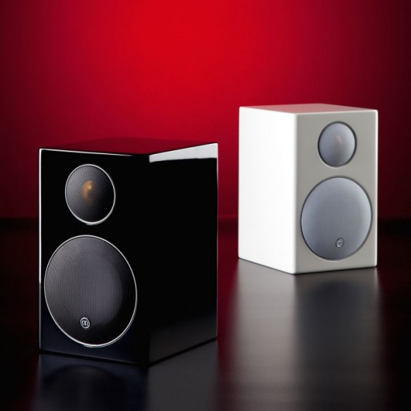 1_MonitorAudio-Radius-90-Kompaktlautsprecher-in-wei.jpg